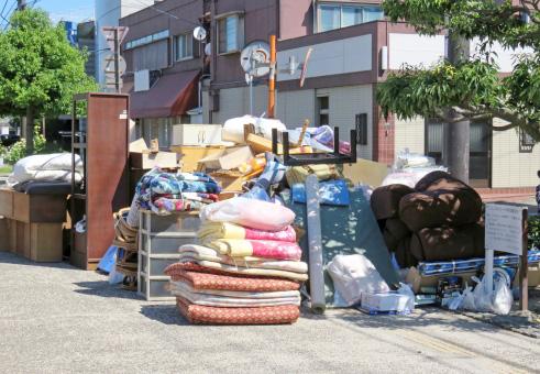 引越ゴミの回収いたします